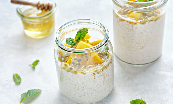 Dunnes%20Stores%20Overnight%20Oats%20with%20Passion%20Fruit%20Mango%20Mint%20GD.jpg