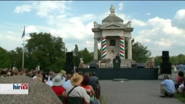 A nemzet jövője a magyar családok jövőjétől is függ