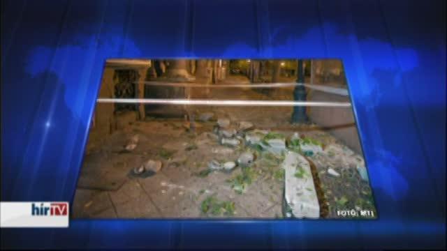Kizuhant az erkélyről egy nő a Baross utcában