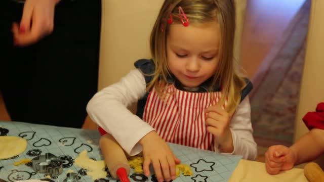 Így készítsünk otthon karácsonyi díszeket