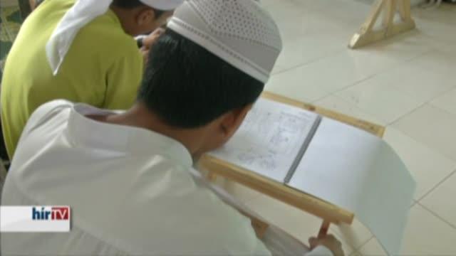 Ázsia – Az iszlám törvénykezést tennék általánossá Malajziában