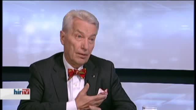 Egyetért a kormány bevándorlás-politikájával Vizi E. Szilveszter