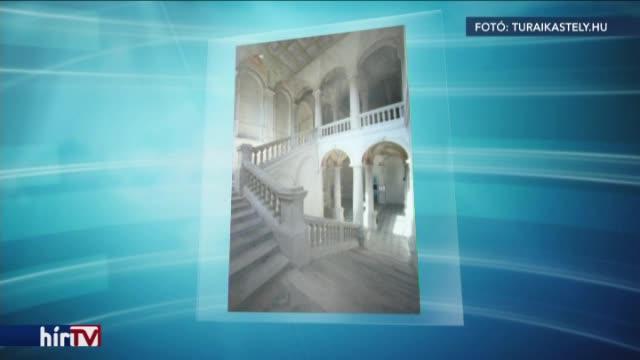Tiborcz István kastélyvásárlásban is részt vett?