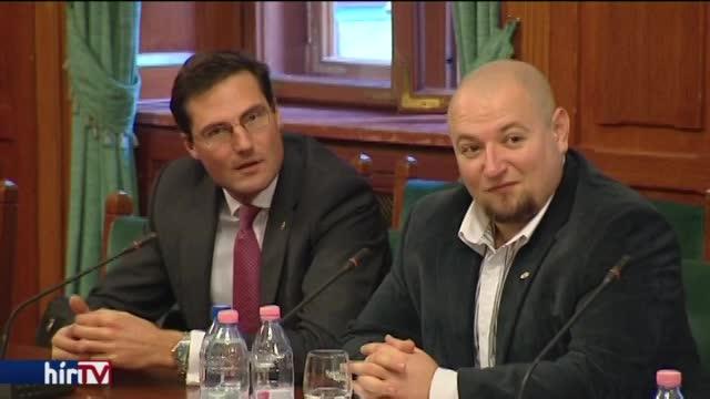 Terrorgyanú: a magyar kormány egyelőre tájékozódik