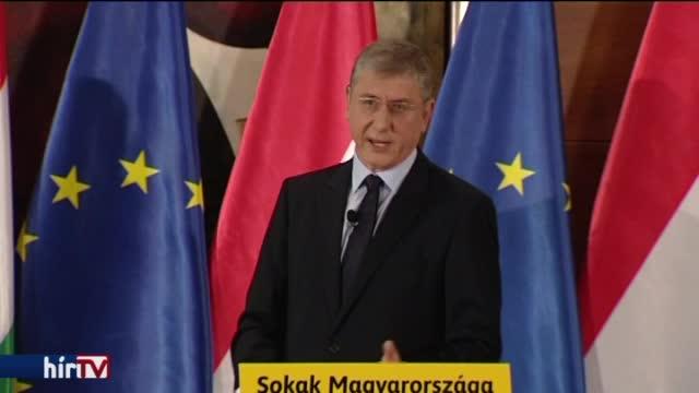 Gyurcsány évet értékelt: a baloldal megúszta, a Fidesz kapott rendesen