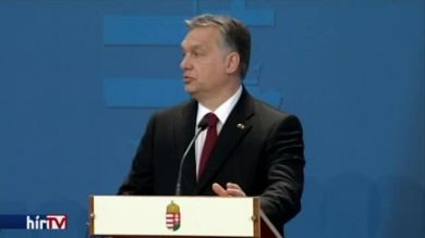 Orbán: Itt is védvonalat kellene létrehozni