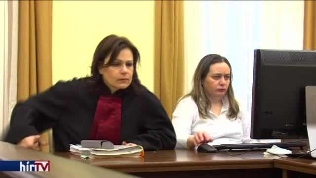 Csalással vádolják a képviselőt: nem jelent meg
