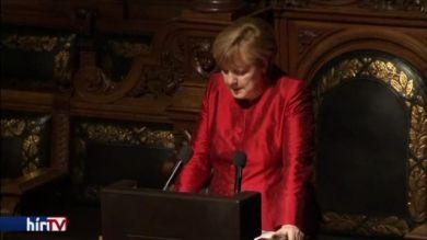 Merkel: Nincs olyan kérés, ami nem teljesíthető