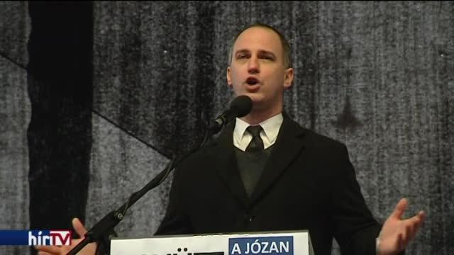 Szigetvári: Brüsszel helyett Orbán Viktort kell megállítani