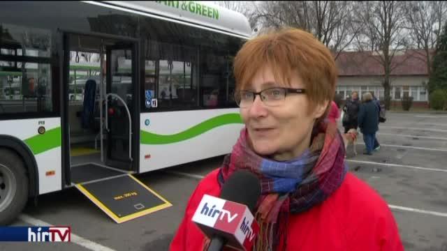 Látássérültek próbálhatták ki az új miskolci buszokat
