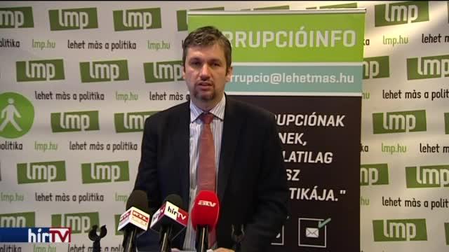 25 millió forintért szkennelt a kormány?