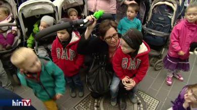 Anyák napi flashmob Budapesten