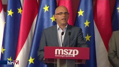 Alkotmánybírósághoz fordul az MSZP a menekültekről szóló népszavazás ügyében