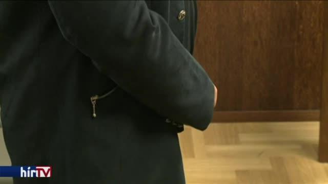 Elgázolt vezérszurkoló: versben kért bocsánatot