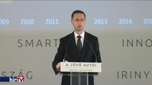 Varga Mihály: Innovációs központ lehet Magyarország