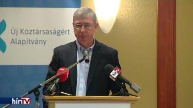 Gyurcsány Ferenc beszéde a DK Göncz Árpád emlékére rendezett konferenciáján