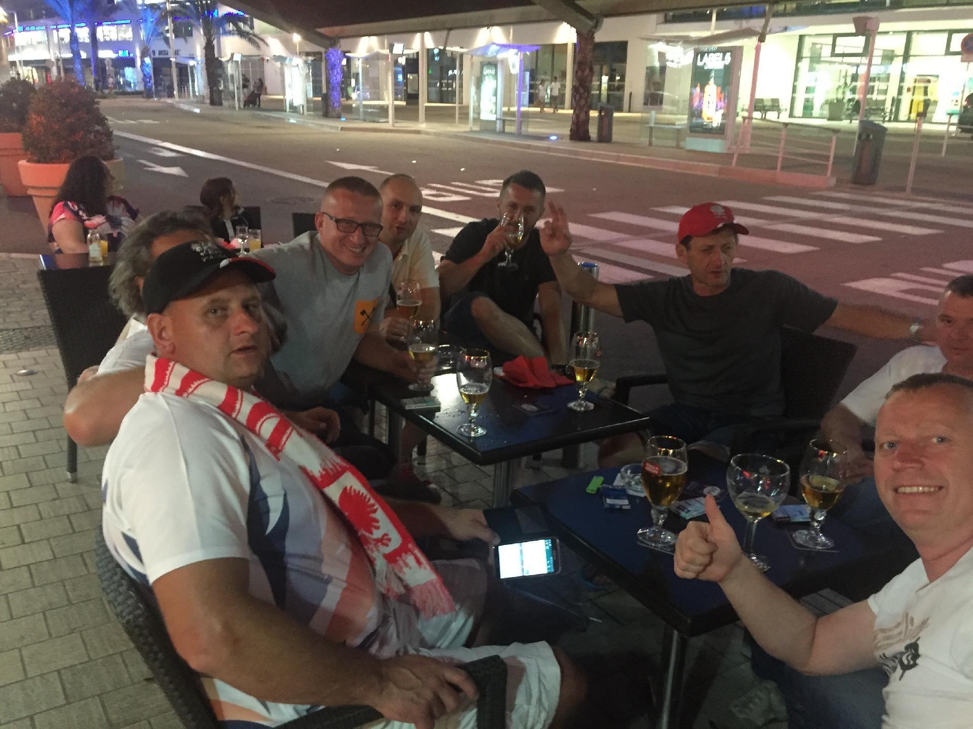 Lengyel drukkerek Cannes-ban