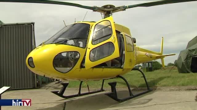 Két helikoptert és katonai felszereléseket adtak át Szolnokon