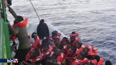 Újabb menekülthullám érte el az olasz partokat