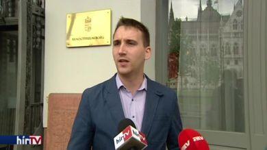 PM: Polt Péter legfőbb ügyész nem mond igazat