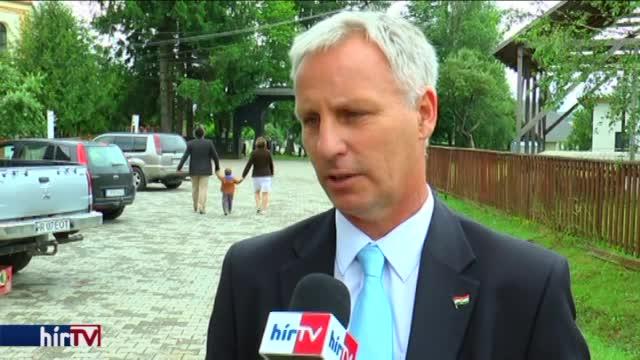 Soltész: A magyar kormánynak kötelessége segíteni