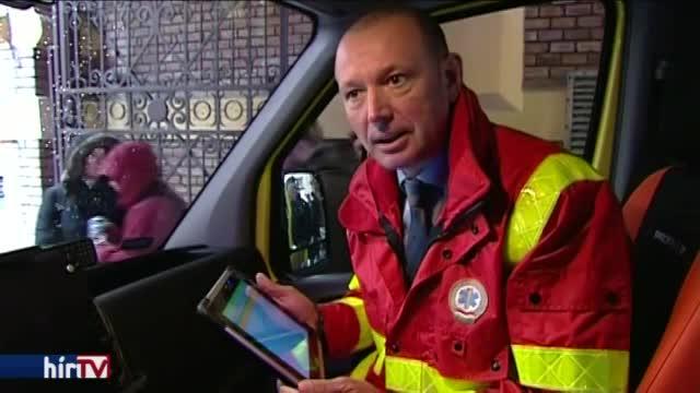 Beszerelik a mentőautókba a tableteket