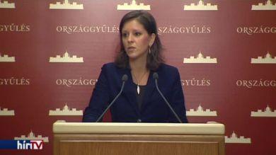 LMP: A Fidesz–KDNP lemondott a külföldön dolgozó magyarokról