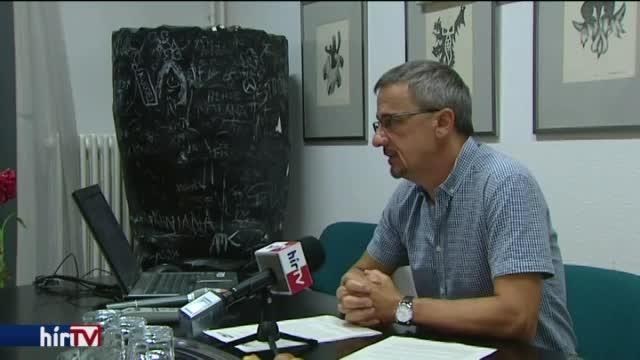 """""""Halszagú"""" dal: továbbra is él a titok, a Hír TV-nek nem osztottak lapot"""
