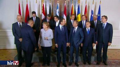 Válságkezelés: egyetért Orbán és Tusk