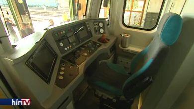 mutatták a felújított metrószerelvény prototípusát