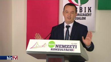 Jobbik: A közhivatalnokok nem a kormány hűbéresei