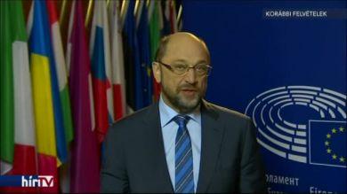 Schulz szerint nem dráma az aláírás elhalasztása