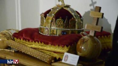 A Fejér Megyei Szent György Kórházba került a Szent Korona másolata