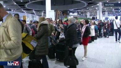 Sztrájkolnak a stewardessek
