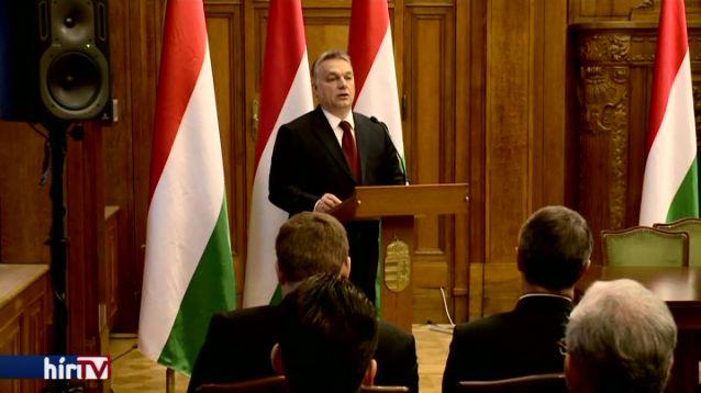 Orbán: 26 éve nem volt részünk ilyen pillanatban