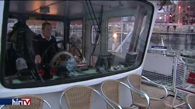 Hajókkal is pótolják a 2-es metrót