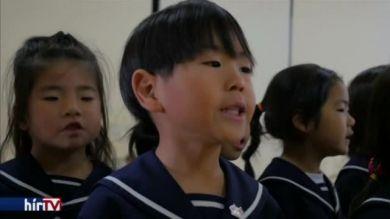 Oktatás egy oszakai óvodában