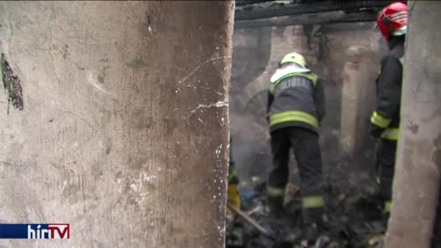 Két holttest egy leégett pécsi házban