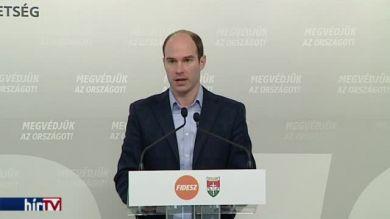 Hollik István szerint az ellenzék sem a béremeléseket, sem az adócsökkentéseket nem támogatja