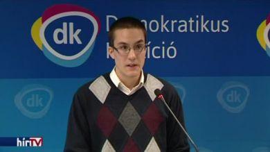 DK: Folytatja az urizálást az Orbán-kormány