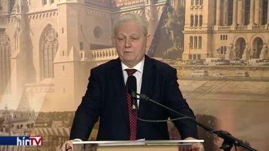Tarlós István: Miért vegyek én Klotild palotákat?