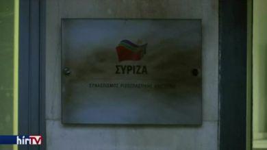 Molotov-koktélokat dobtak a kormánypárt székházára