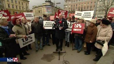 Nyugdíjemelést követel az MSZP