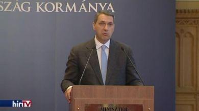 Lázár János: Paks 2 miatt nem kerül Magyarország orosz függésbe