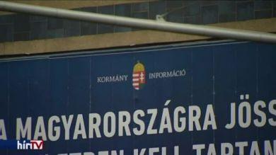 Péterfalvihoz fordulnak Juhászék a Kubatov-lista miatt