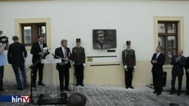 Emléktáblát kapott az Antall-kormány egyik minisztere