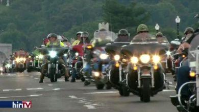 Motorosok emlékeztek Amerika hőseire