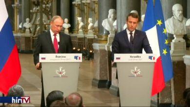 Putyin és Macron szorosabbra fűzik