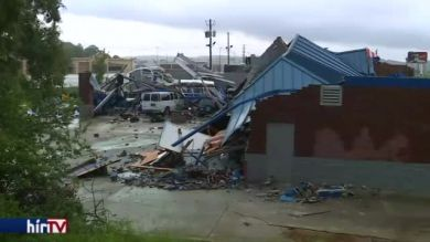 Tornádó és árvíz – Alabama, Egyesült Államok