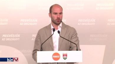 Hollik: A migránspárti szervezetek nem akarnak átláthatóan működni